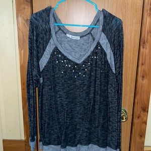 Woman's plus size maurices shirt 2xl